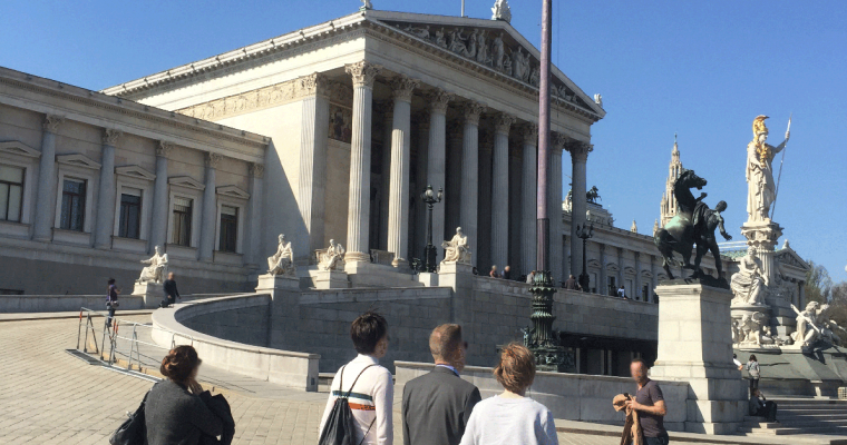 Warum das österreichische Parlament oft belächelt wird