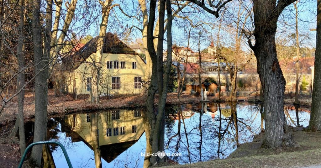 Teich im Pötzleinsdorfer Schlosspark